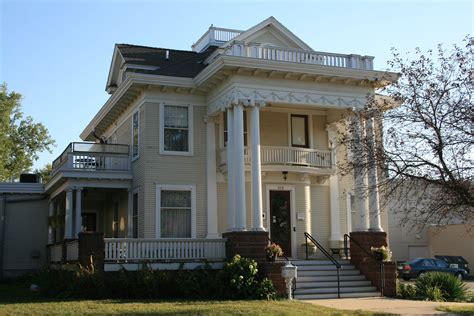 house house file keerl decker house city ia jpg wikimedia commons