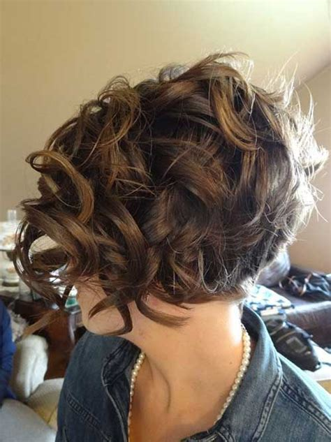 curling hair mistress 25 best ideas about thick curly haircuts on pinterest