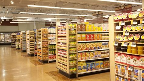 supermarket display layout visual merchandising how to display products in your store