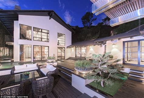 calvin harris house calvin harris s hollywood hills home for sale after taylor swift bought beverly hills