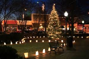marietta square at christmas photo by photographer david