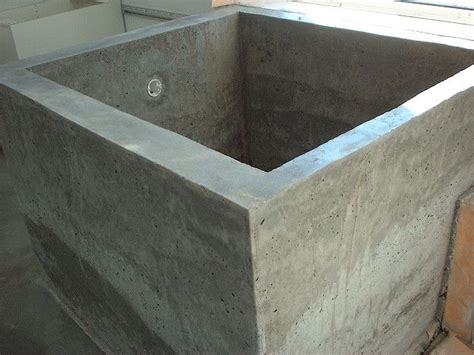 diy concrete ofuro bathtub by splatgirl via flickr doug