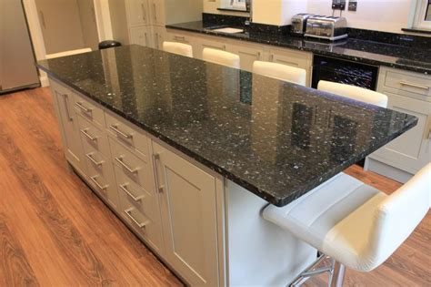 Shaker Kitchen Ideas Emerald Pearl Granite Worktop On Island With Green Shaker