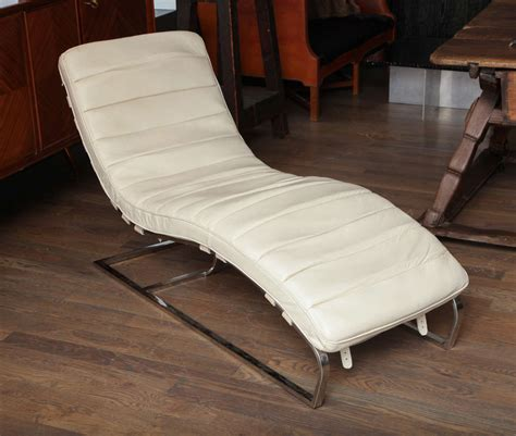 white leather chaise white leather chaises longue at 1stdibs