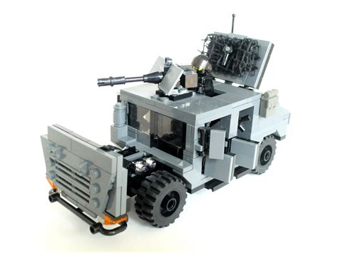 lego humvee tutorial the world s best photos of humvee and lego flickr hive mind