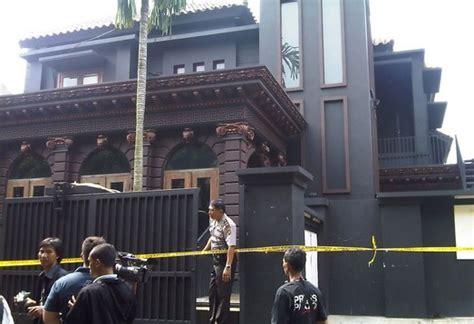 desain dapur artis indonesia gambar rumah mewah artis terkenal indonesia rumah bagus