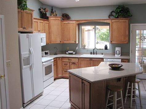 Kitchen Island With Seating In L Shaped Kitchen L Shaped L Shaped Kitchen Island Ideas
