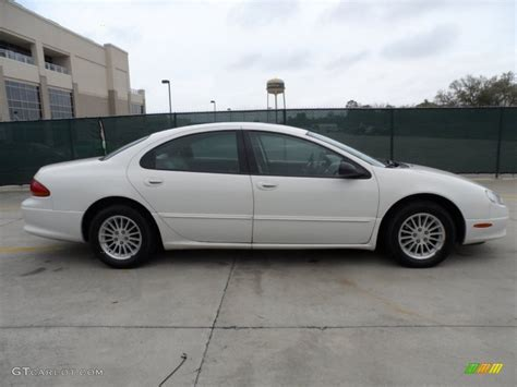 2003 Chrysler Concorde Lxi by White 2003 Chrysler Concorde Lxi Exterior Photo