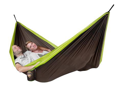 Hammock To Go colibri green travel hammock with suspension