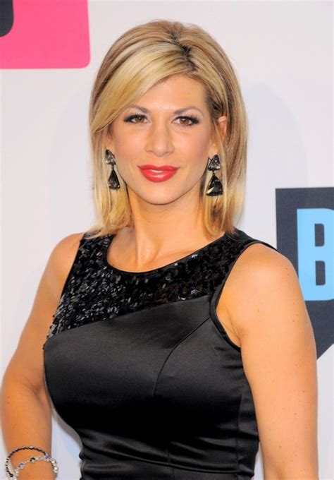 who does alexis bellinos hair pics pictures of alexis bellino short hair