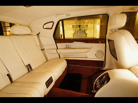 bentley 2005 interior 2005 bentley arnage limousine interior rear 1280x960