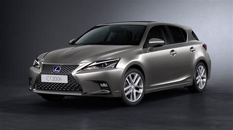 lexus hybrid hatchback lexus ct200h facelift unveiled anyone remember this