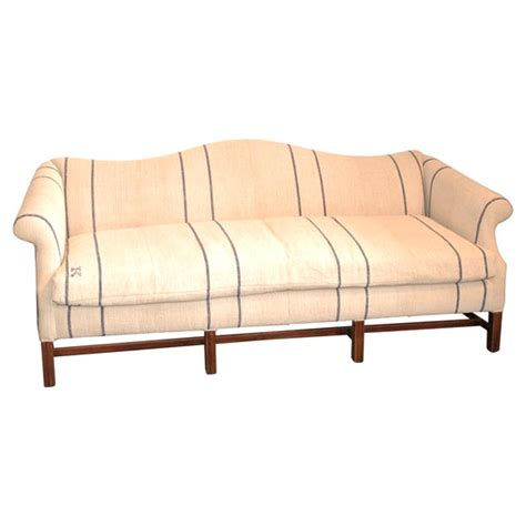 queen anne style sofa 1930 s queen anne style camel back sofa in 19thc linen at