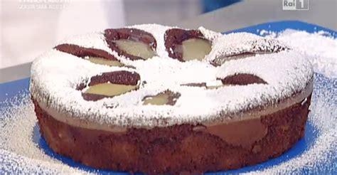 la torta di pere e cioccolato testo la ricetta della torta alle pere e cioccolato all olio di