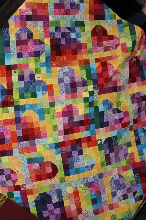 quilt pattern rainbow sunshine in the attic rainbow heart quilt top