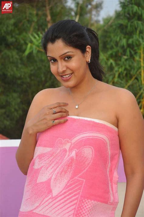 hot photos of telugu actress telugu actress hot photos