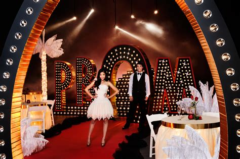 prom themes with pictures 5 prom decorations ordering tips what you need to know