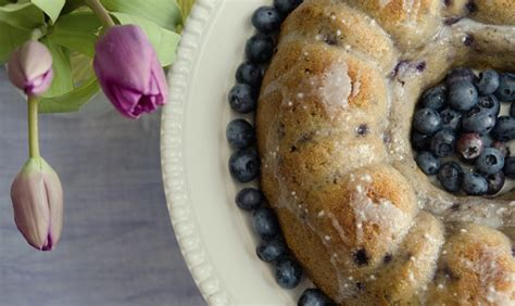 20 blueberry recipes make while they re still in season