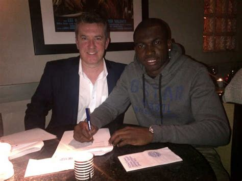 payen agence arsenal s reice charles cook signs with fc agency team