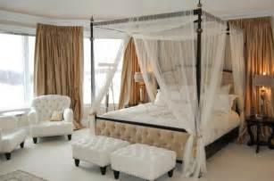 Wall Draping Fabric Romantisches Schlafzimmer Mit Himmelbett Gestalten