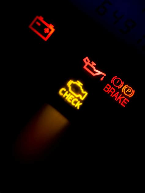 engine light comes on and what to do when the car engine light comes on meineke