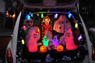 Decorating Your Car For Halloween Trunk Or Treat 15 Halloween Car Decoration Ideas Carfax