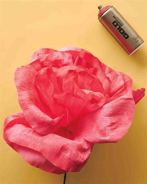 How To Make Paper Roses Martha Stewart - diy crepe paper flower martha stewart weddings