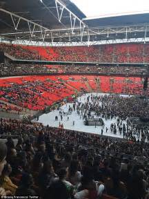 concert seats rihanna fans take to to question s half