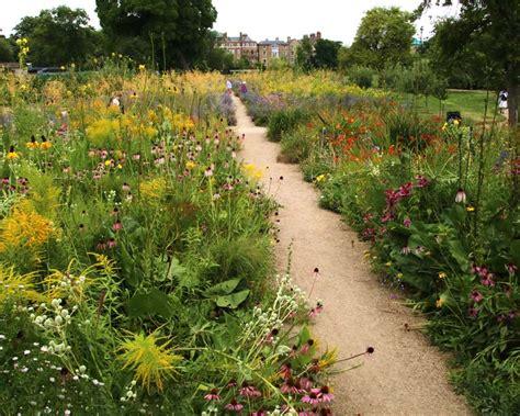 Oxford Botanical Gardens Gardensonline Oxford Botanic Garden Gardens Of The World