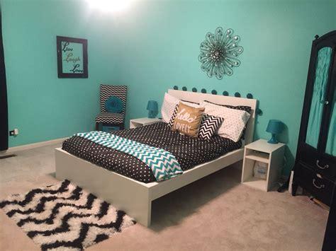 teal black white  gold teen girl bedroom