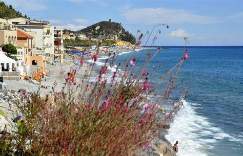 vacanza varigotti varigotti viaggi vacanze e turismo turisti per caso