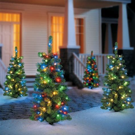 ls outdoor christmas decorations trees 242 best outdoor decorations images on outdoor decorations