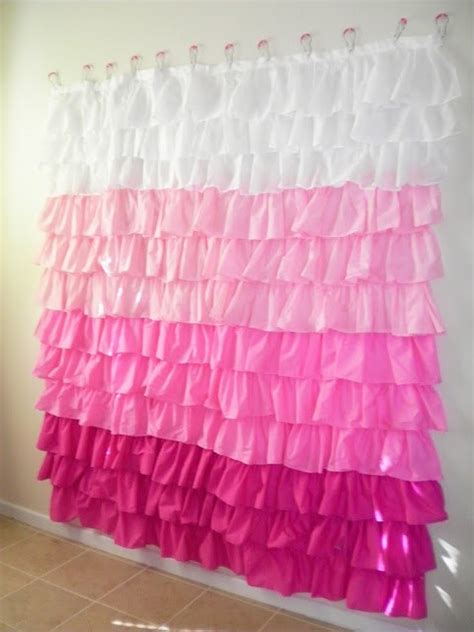 Anthropologie Ruffle Shower Curtain by 55 Awesome Diy Photography Backdrops Photographypla Net