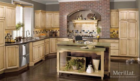 kitchen cabinets merillat merillat classic 174 somerton hill in maple with java