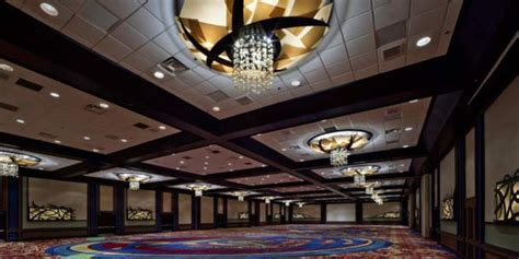 Chicago Marriott Downtown Magnificent Mile Weddings