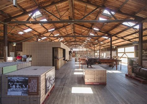 the apple shed warehouse wedding venue tasmania nouba