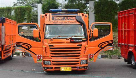 ide bagian bagian modifikasi mobil truk canter keren mobil truk