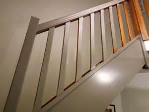 Charmant Logiciel Conception Salle De Bain 3D Gratuit #2: tutoriel-peindre-escalier-bois.jpg