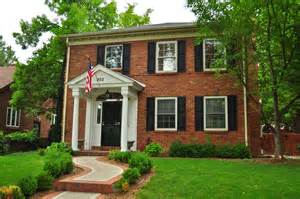 colonial front porch designs front doors red front doors and foyers on pinterest