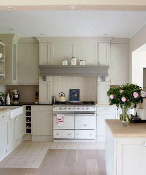 contemporary design decorating ideas for kitchen 19