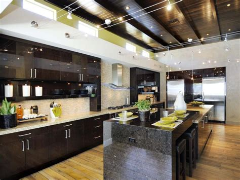 cost of kitchen cabinets latest steep versus cheap cheap versus steep kitchen cabinetry hgtv