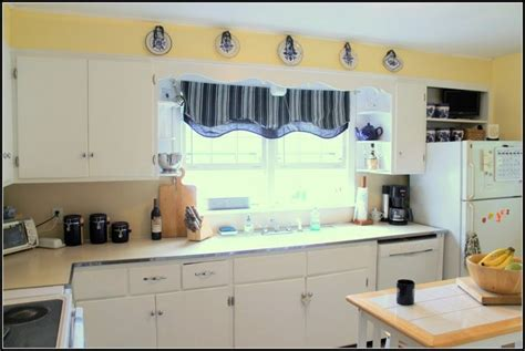 1000 ideas about blue yellow kitchens on