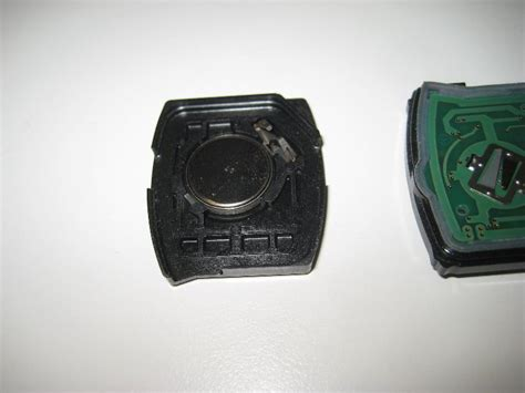 honda cr  key fob battery replacement guide