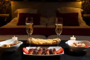 how to set up a romantic dinner for valentine s day