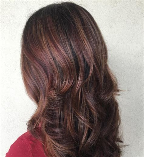 mahoganey hair with highlights dark red hair colours to try this autumn