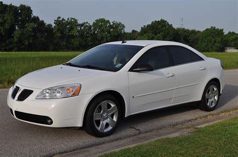 2008 Pontiac G6 by 2008 Pontiac G6