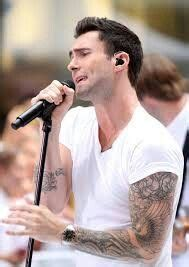 adam levine golden retriever 17 best images about adam levine on him maroon 5 and adam levine