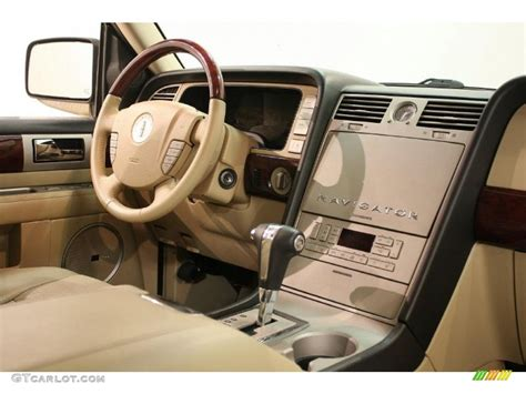 2005 Lincoln Navigator Interior by 2005 Lincoln Navigator Ultimate 4x4 Interior Photo