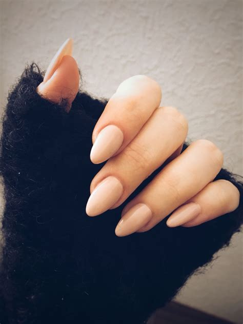 almond nails look of almond nails and almond nails nude nails pinterest almond nails