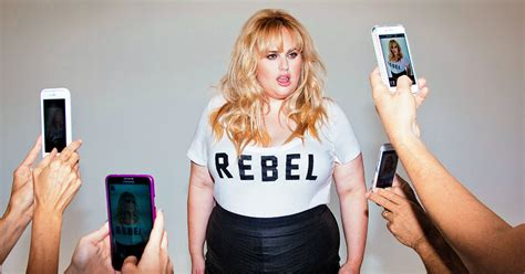 Dress Jumbo Scuba 2 rebel wilson goes from amy to fashion brand the